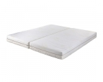 Možnost spojení dvou matrací, pomocí zipu ve středové části na jednolité lůžko.