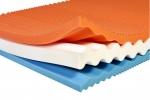 Matrace Gylfi Moravia Comfort. Efekt paměťové pěny (VISCOR). Její vrstvy jsou spojeny bez použití lepidel s možností praktického rozložení jednotlivých dílů při čištění matrace.